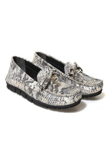 John May Ayakkabı Bej